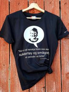 Bilde av T-skjorte: sitat statsministeren